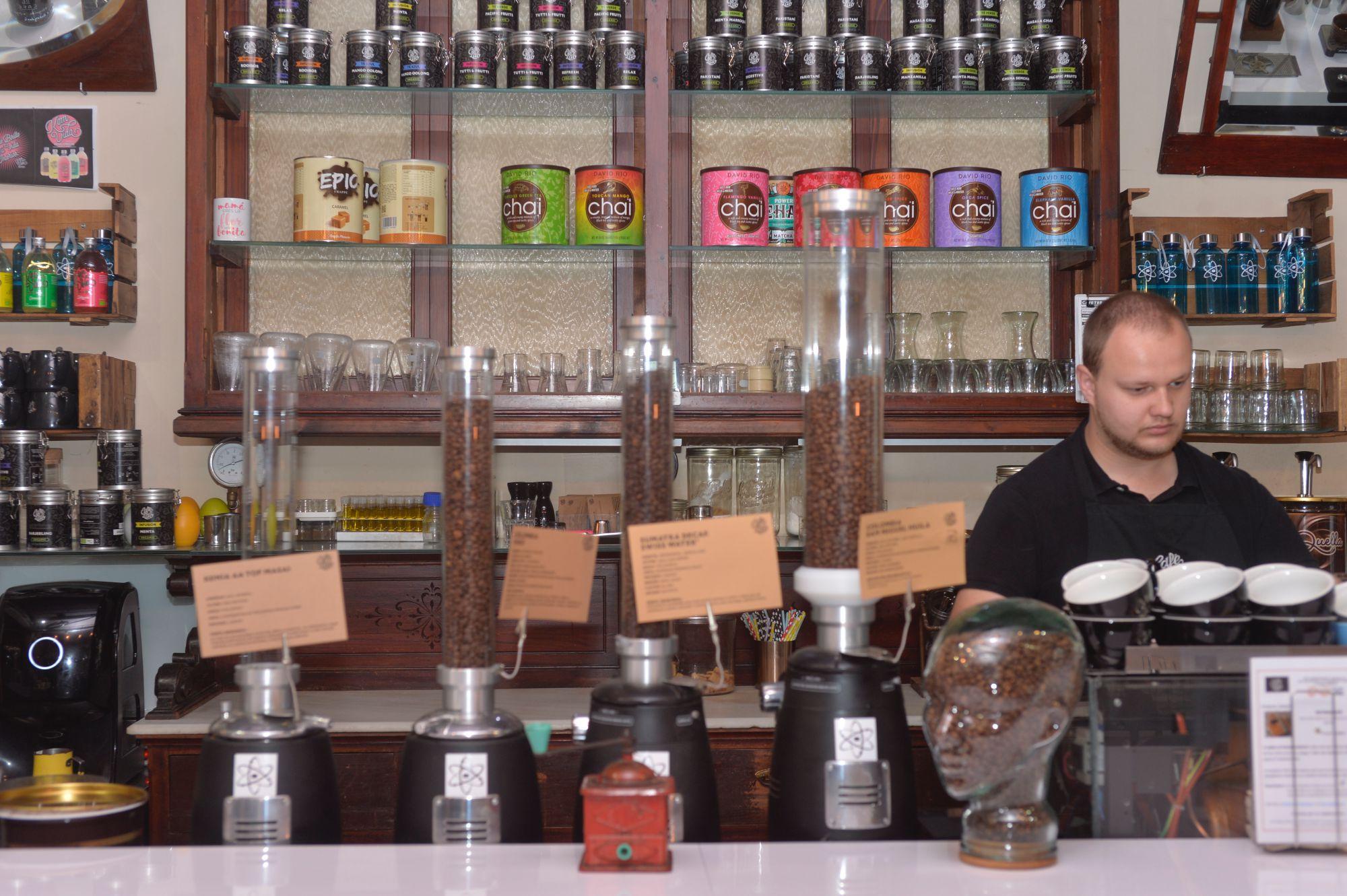 Café asiático de Cartagena (Murcia): interior de 'Cafés Bernal'