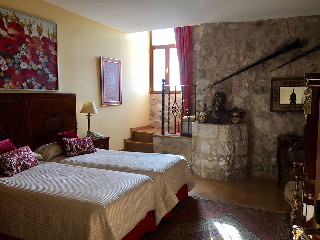 El hotel cuenta con 25 habitaciones con una ambientación muy cuidada.