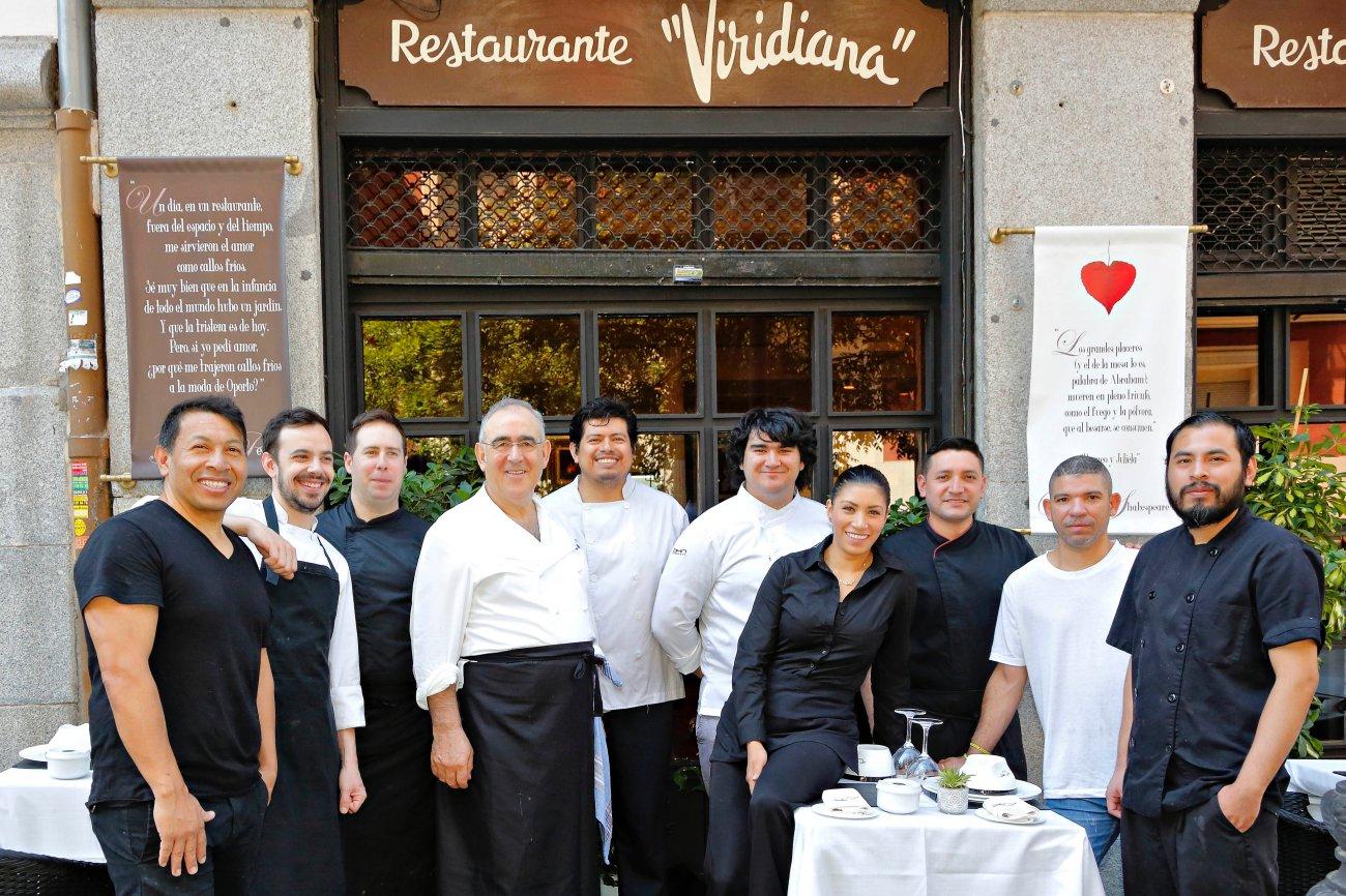 El equipo de 'Viridiana' dispuesto a comerse el mundo.