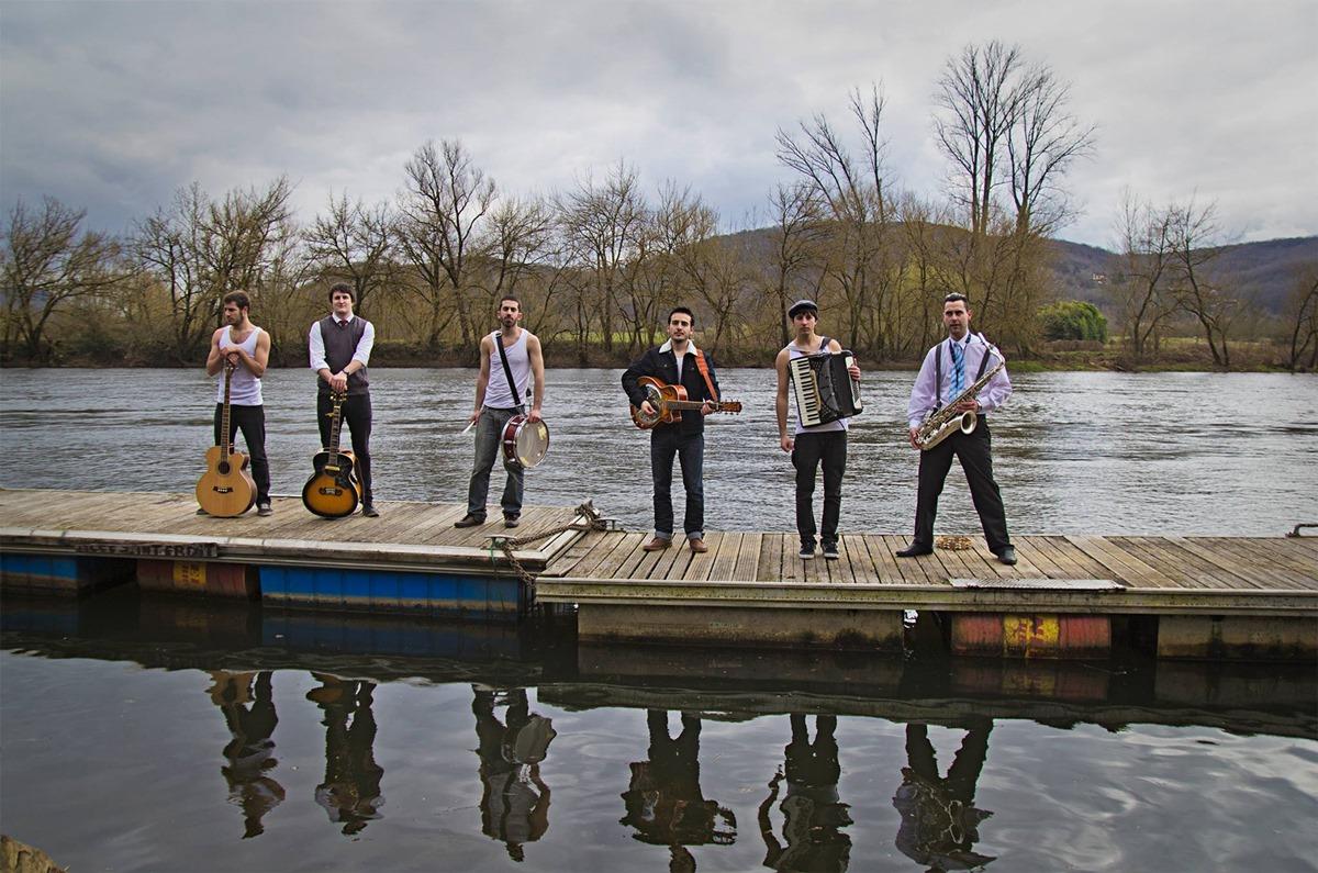 La banda burgalesa lleva 60 conciertos solo este verano. Foto: Facebook La M.O.D.A