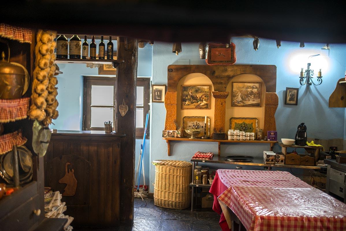 La Casa Ruba, la única casa fortaleza que se deja visitar y mantiene el sabor de una época.