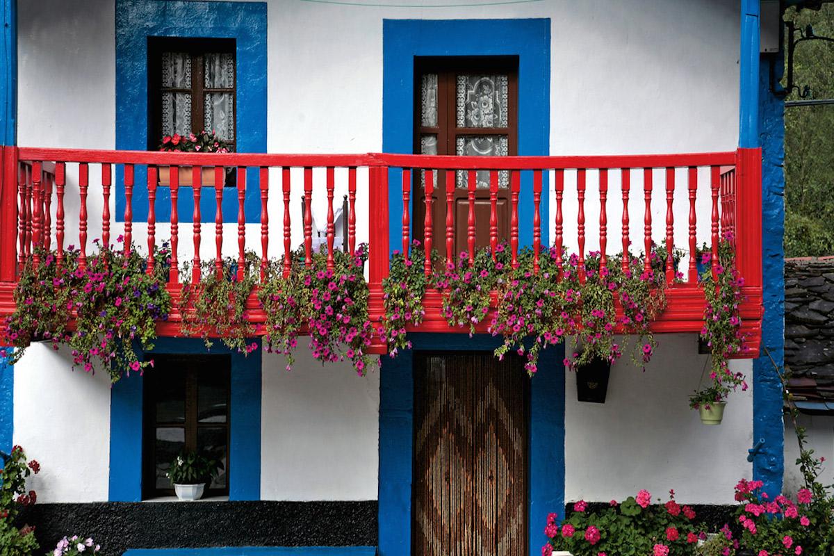 Casa típica de Cantabria, en Vega de Pas.