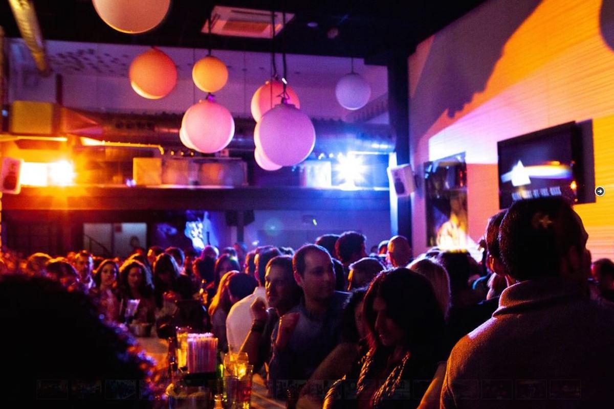 Un tardeo perfecto puede acabar en Teatre Bar. Foto: Cedidas.