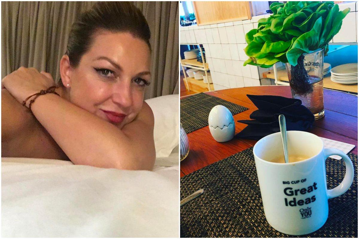 La cantante Niña Pastori preparada para actuar, espera en la habitación de un hotel.