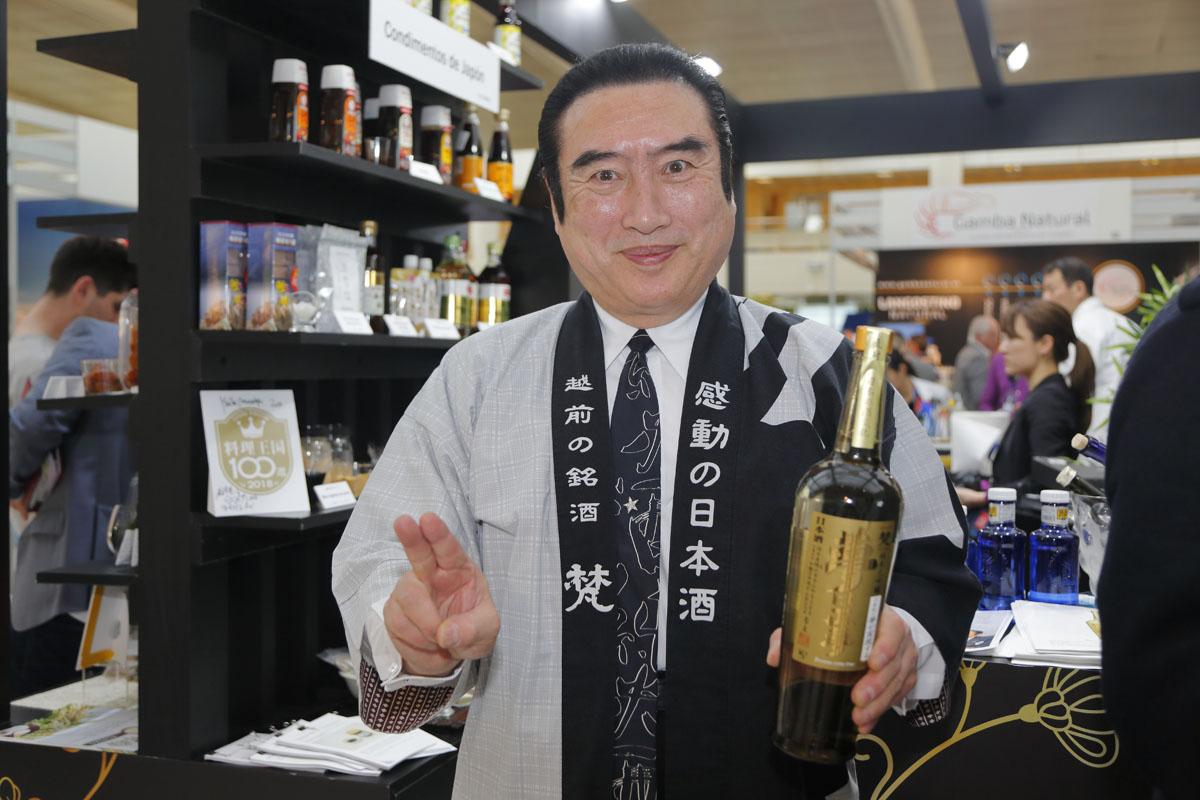 Atsuhide Kato, el rey del sake.