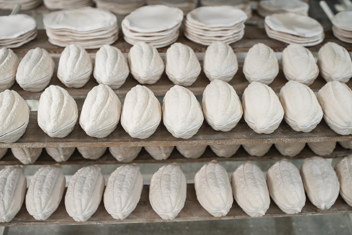 Vajillas Pordamsa. El cacao y otras formas de la naturaleza con uso en la cocina y la mesa.