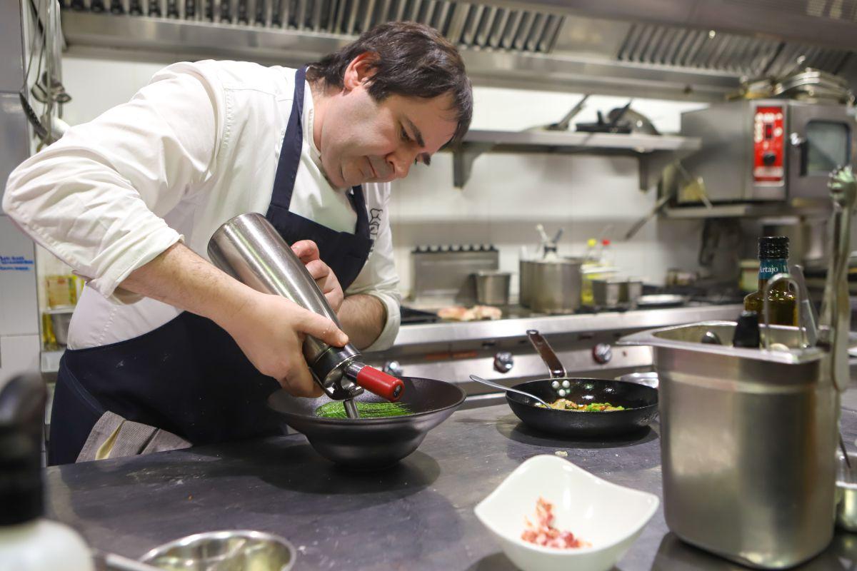 Pablo Loureiro es uno de esos cocineros por vocación.