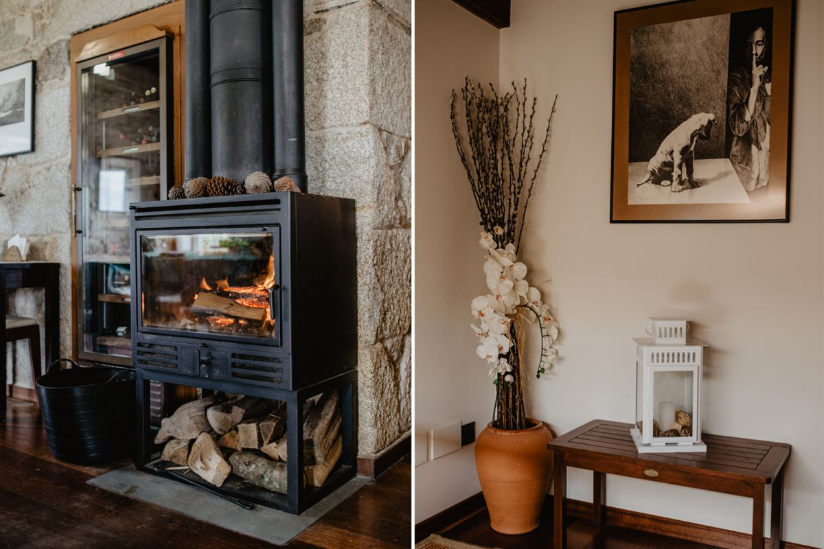 Detalles de la decoración y chimenea del hotel Semáforo de Bares, en Mañón, A Coruña.