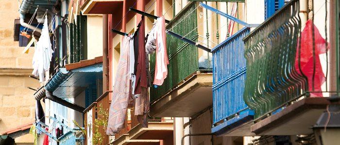 Balcones de la calle Nagusia de Getaria.