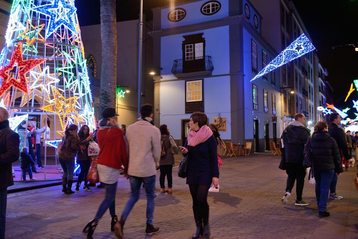 Las calles de la La Laguna están animadas por estas fechas.