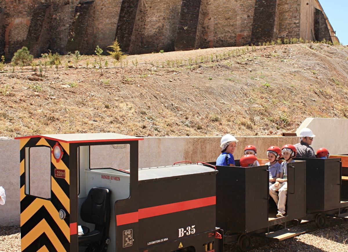 El tren minero, un planazo para los niños. Foto: Johana Saldón