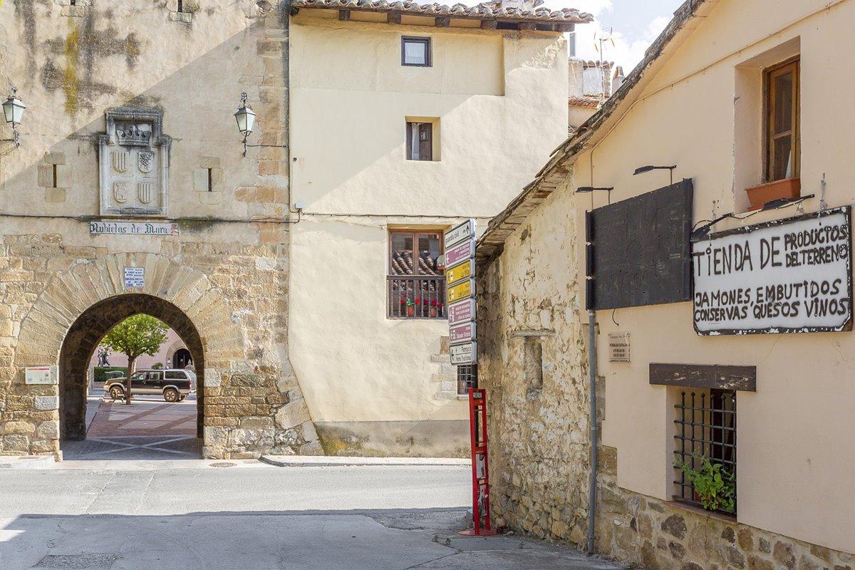 A pesar de su gran atractivo turístico, Rubielos no pierde la esencia de pueblo, llegando a incluirse en el listado italiano 'Cittaslow'.