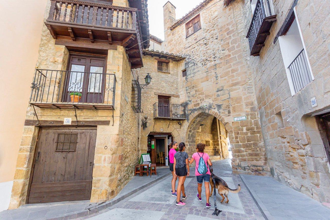 Sierra de Gúdar-Javalambre: Rubielos de Mora (calle)
