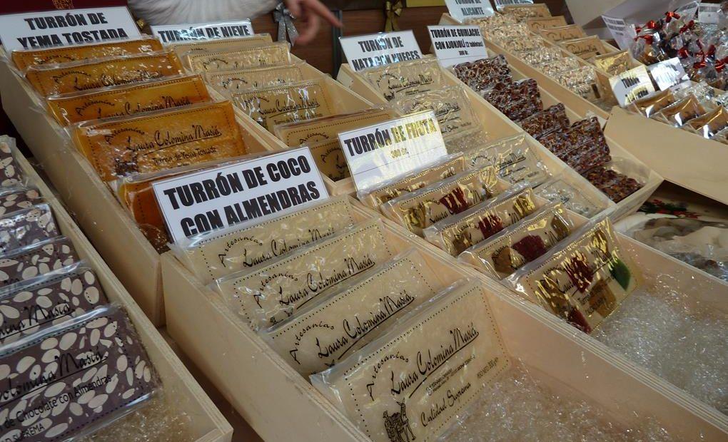 En la Feria del Turrón de Jijona vemos variedad de sabores/ Foto: Ralph del Valle.