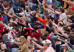 Público del anfiteatro romano en Tarraco Viva / Autor: Manel R. Granell.