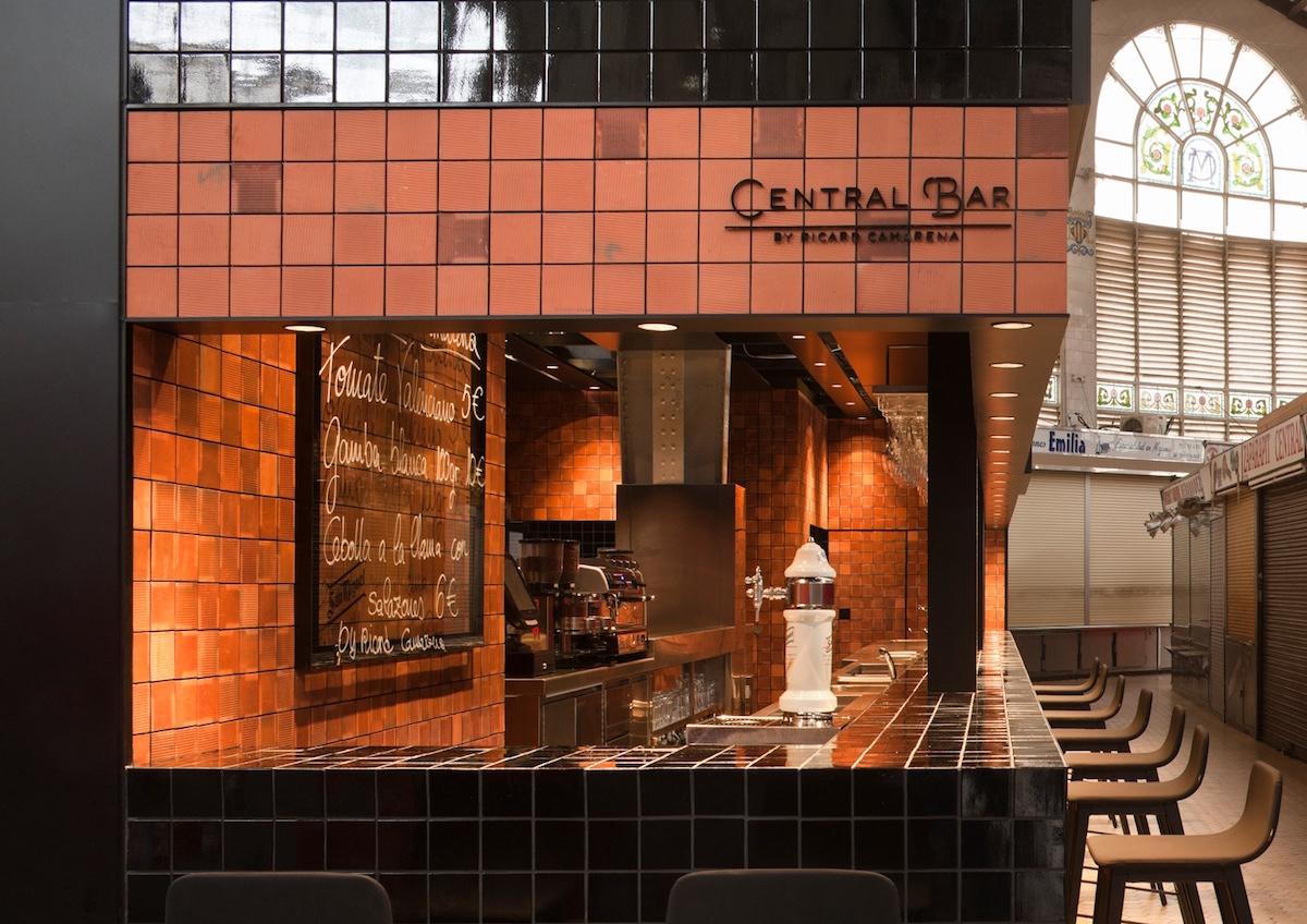Central Bar en el Mercado Central de València.