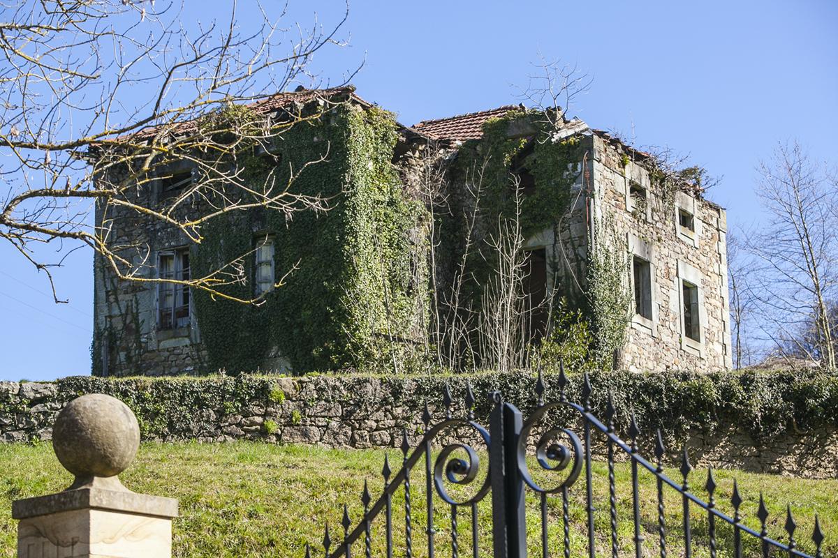 :a casa del Doctor Madrazo en Vega de Pas. Un personaje inolvidable en la las villas