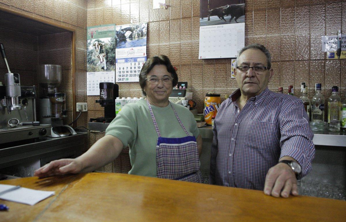 Margarita y su esposo Julio en el 'Picias', casa de comidas de menú del día.