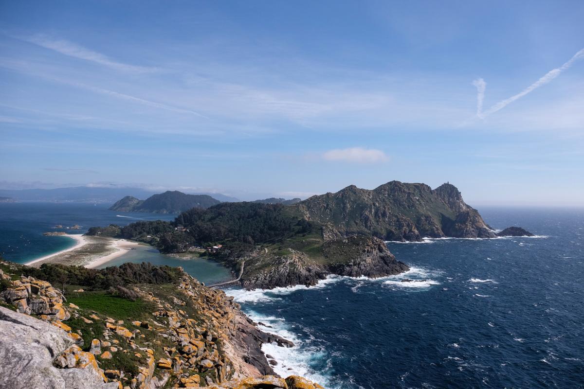Desde el Alto del Princípe, en la Isla de Monteagudo, se ve perfectamente el resto del archipiélago.