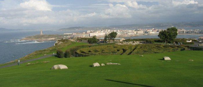 Monte San Pedro con vistas al laberinto y la Torre de Hércules, A Coruña.