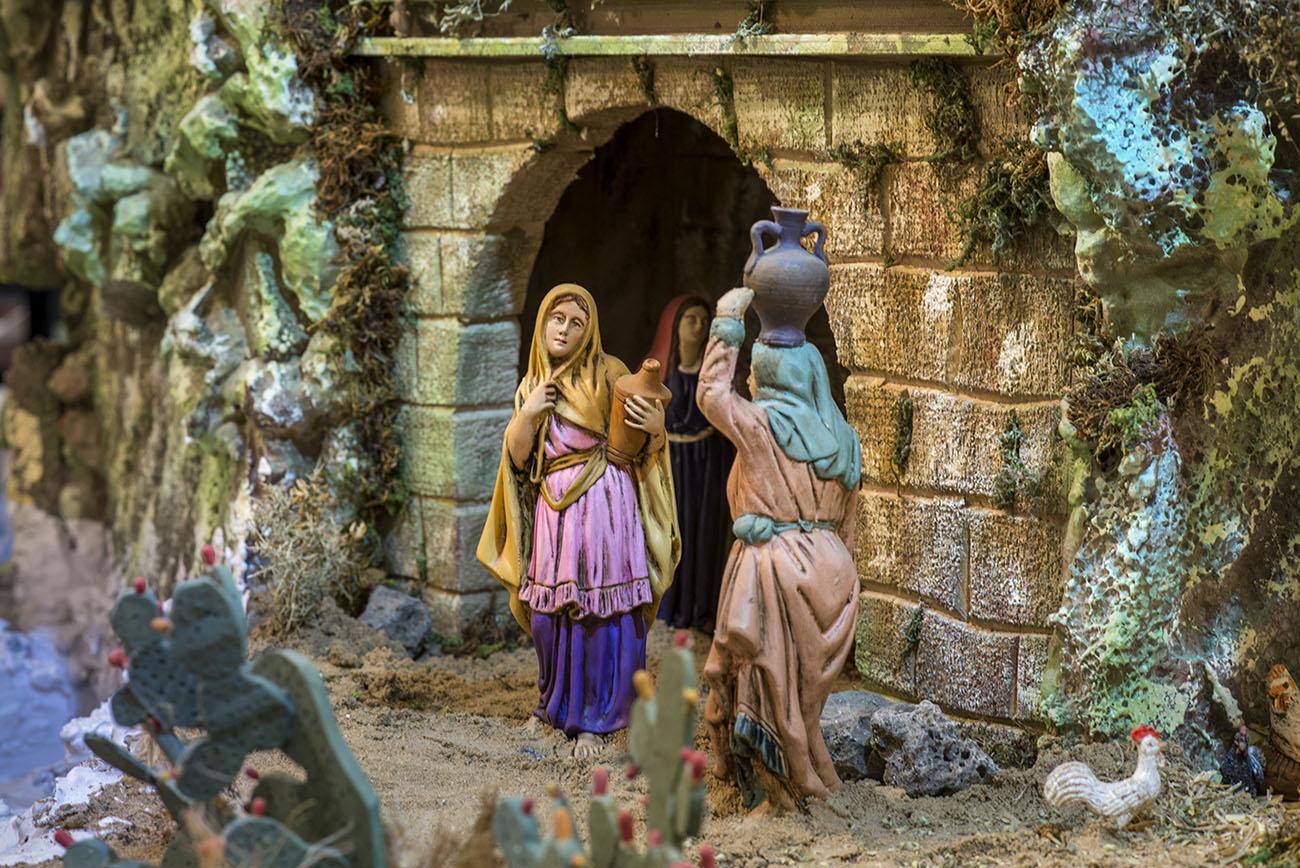 Una de las aguadoras en la fuente de Nazaret, de las figuras favoritas de Manuel y Juan.