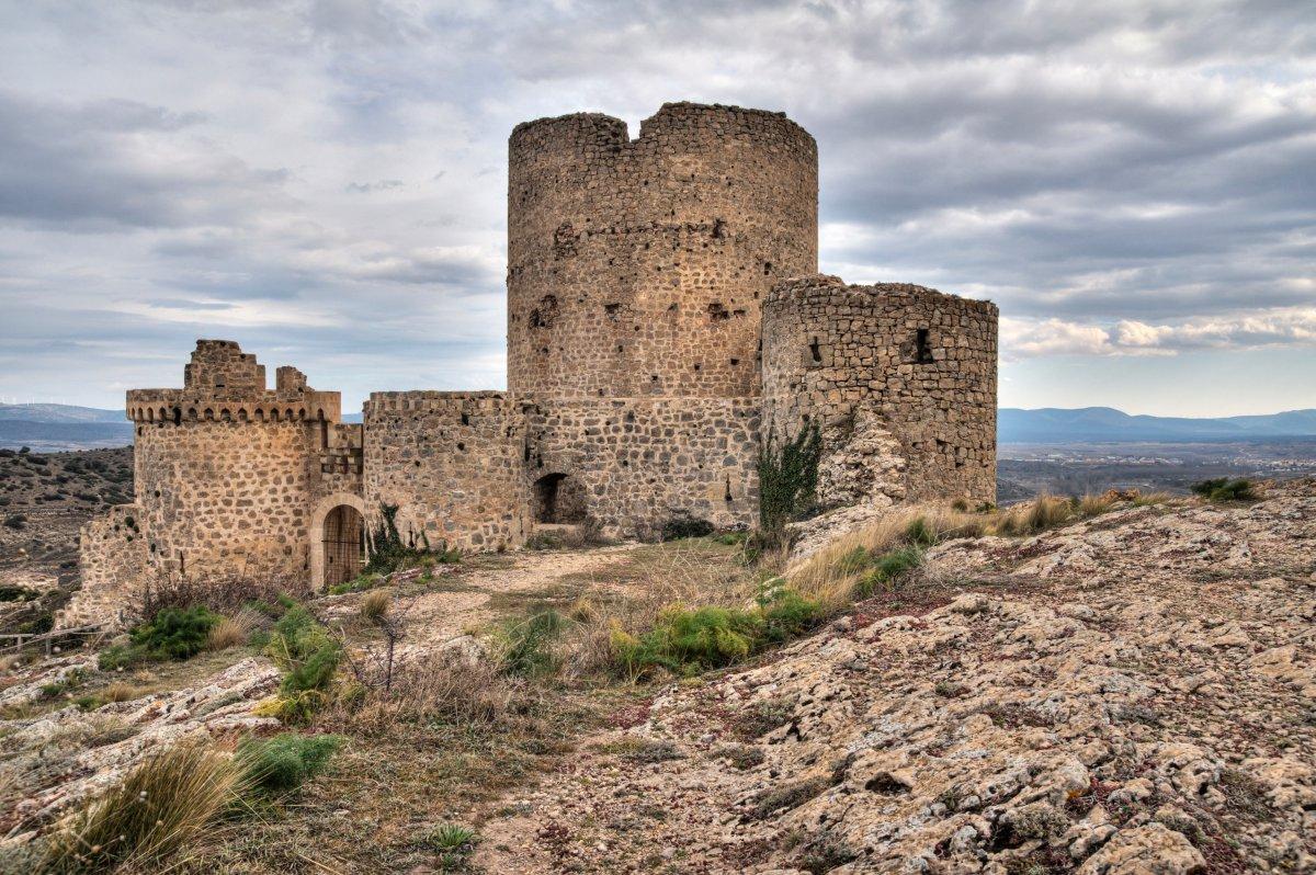 Una fortaleza con aura misteriosa. Foto: Agestock.