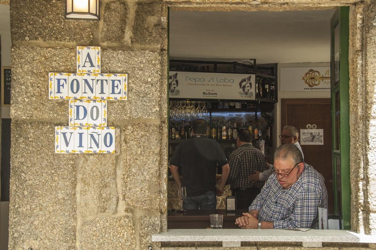 Cambados es la localidad por excelencia del vino blanco gallego. Foto: Shutterstock.