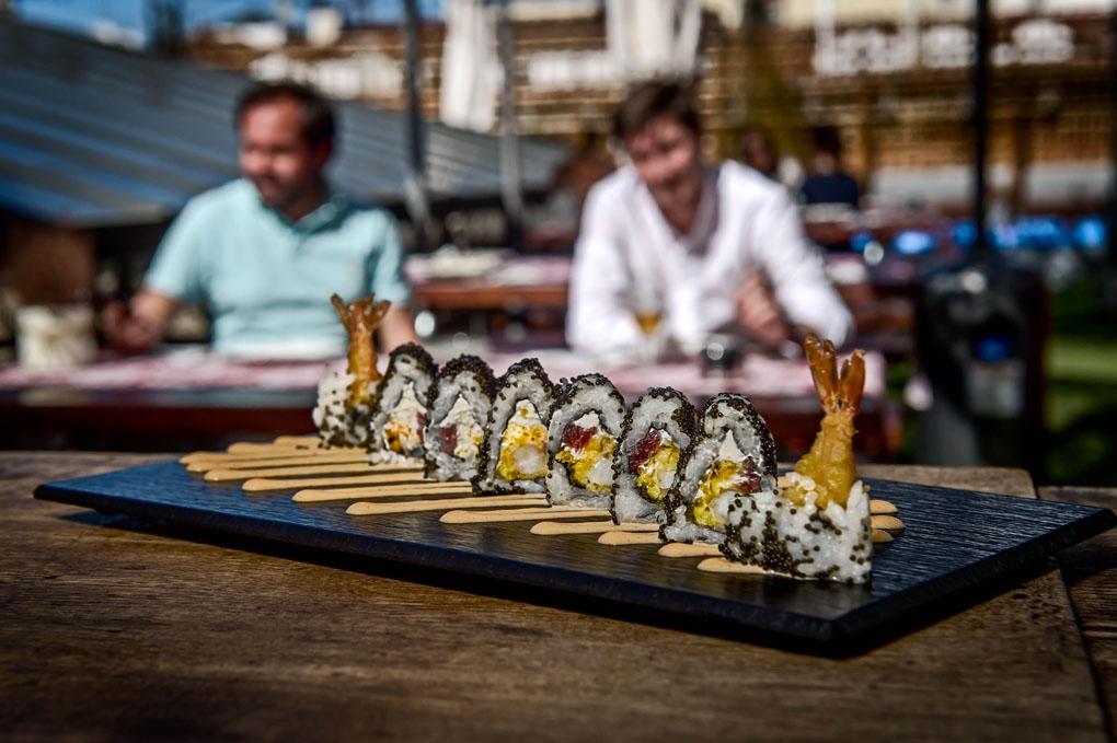 """Plato de sushi """"Obama Roll"""""""