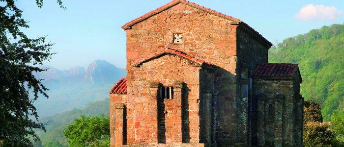 Iglesia románica de Santa Cristina de Lena.