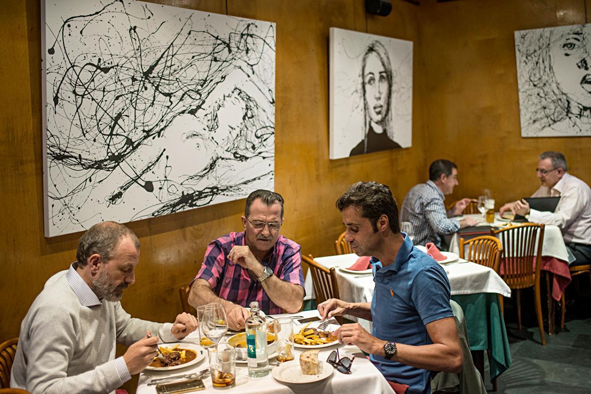 Restaurante Asturianos. Salón. Foto: Alfredo Cáliz