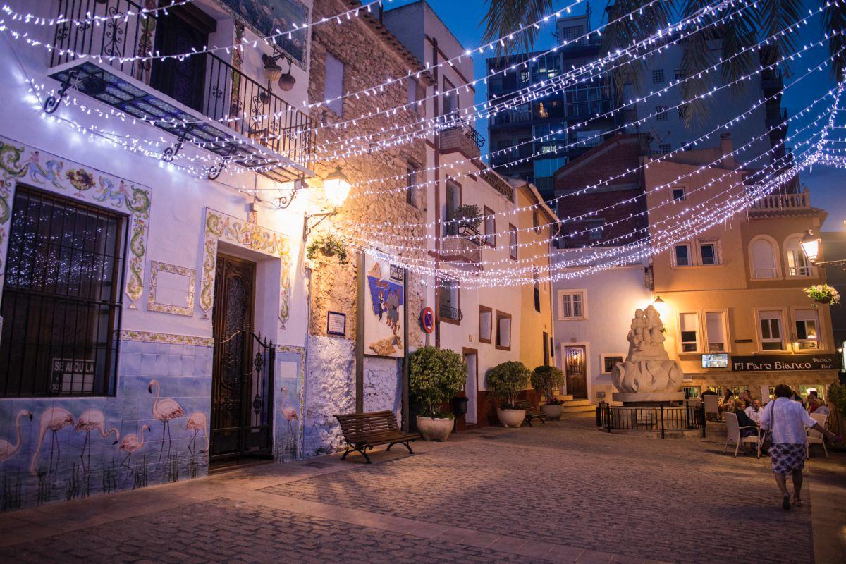 Ambiente en el caso histórico de Calpe, Alicante.