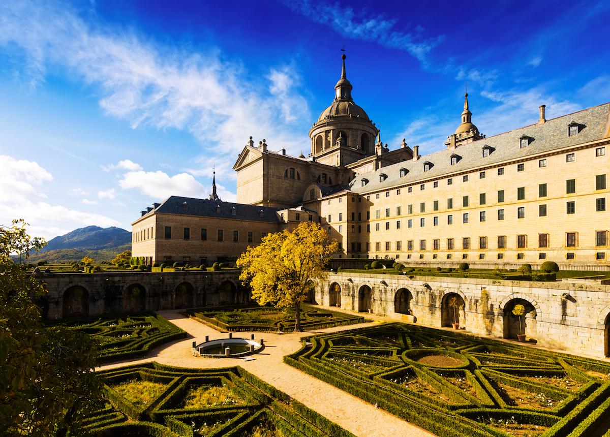 En el interior del Monasterio de El Escorial, un órgano fantástico te espera. Foto: Shutterstock.
