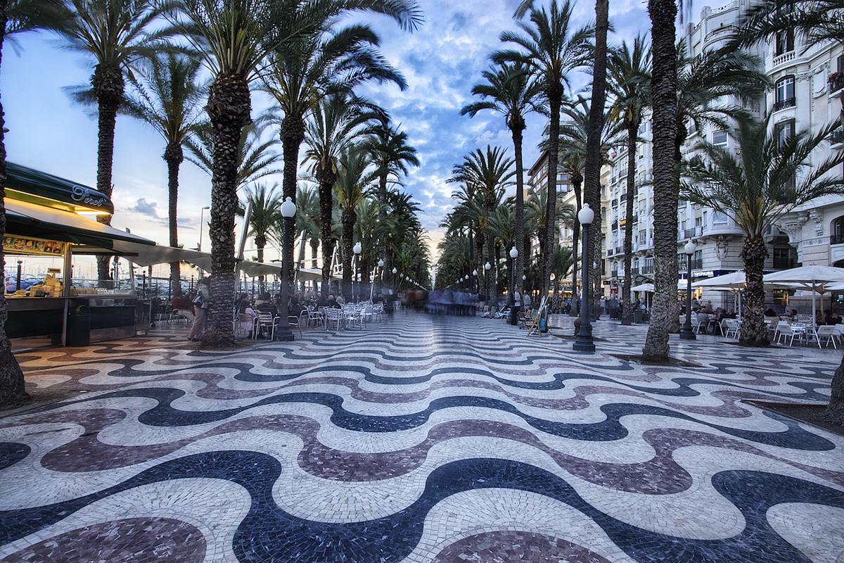 Explanada. Foto: Turismo de Alicante.