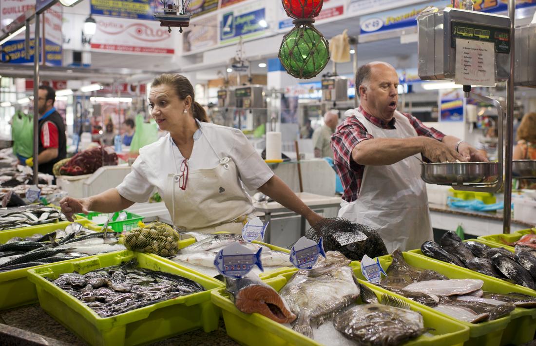 El matrimonio Freire, especializados en pesca de anzuelo.