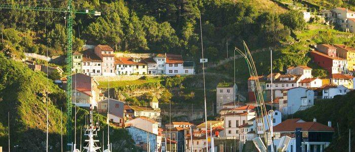 Puerto Asturias.