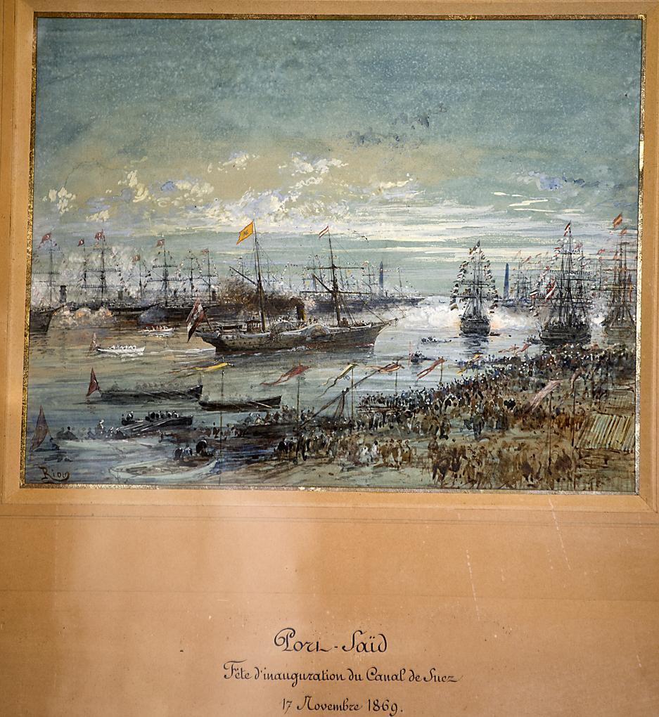 Una de las láminas de la inauguración del Canal de Suez por la emperatriz, enmarcadas en el Salón Chino de Las Dueñas.