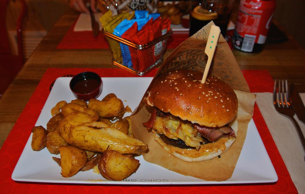 La hamburguesa 'Elvis' en el Goiko Grill. Foto: Camino Martínez
