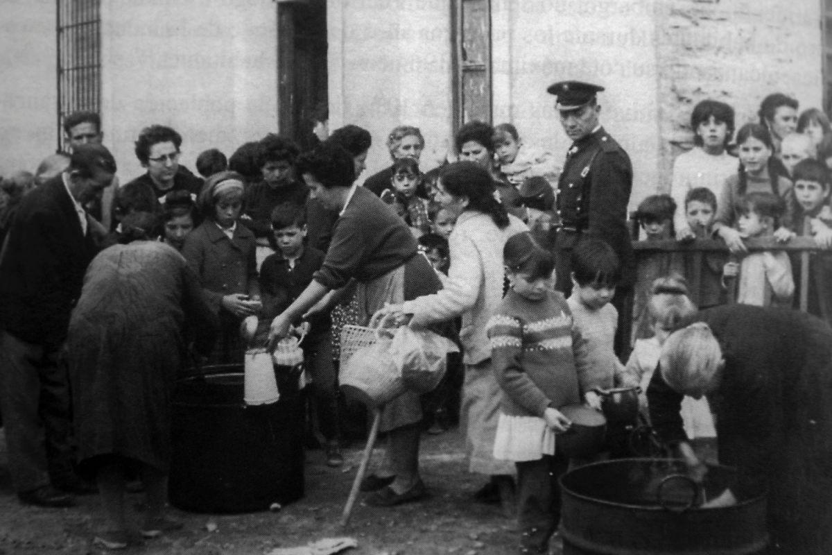 Una imagen de la celebración de la Festividad del Santo Voto, en Puertollano, en los años 50.