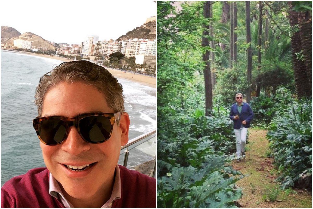 Boris Izaguirre durante un viaje de promoción con la costa de Alicante de fondo y dando un paseo por el Jardín Grande de Medina Sidonia. Fotos: Instagram.