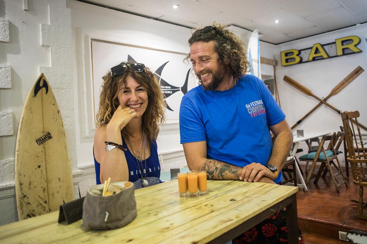 Javier Fortuny y Laia Llorca, los dueños de este local de moda.