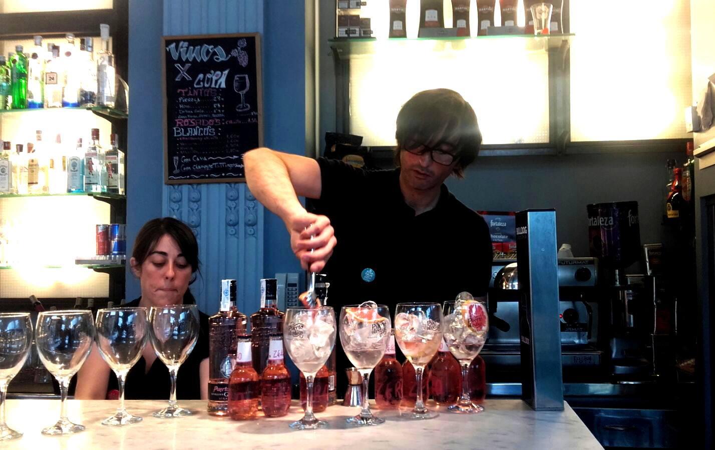¿Apetece una copa?. Foto: Victoria Café.
