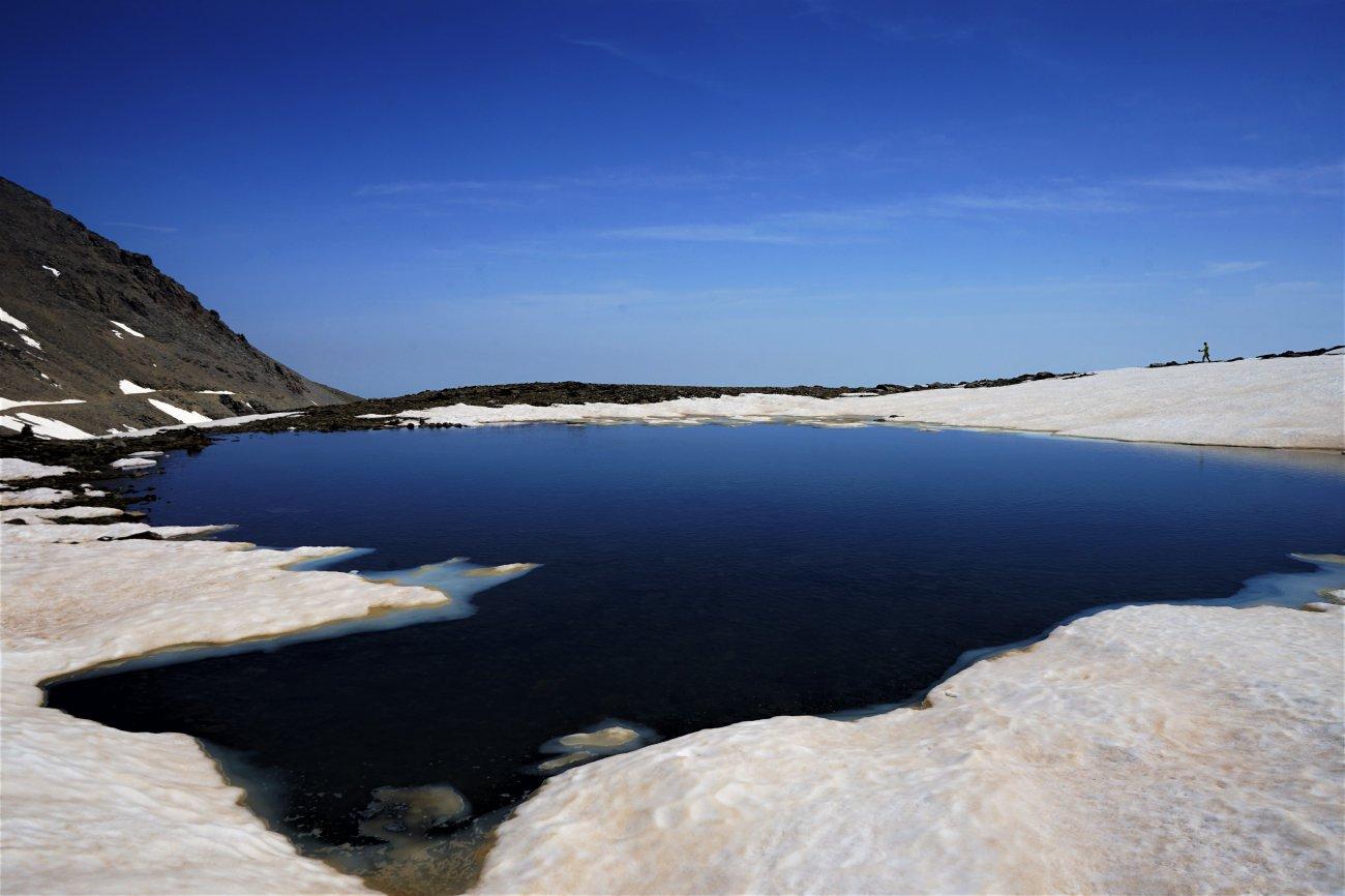 Ascenso al Mulhacén: Laguna de la Caldera