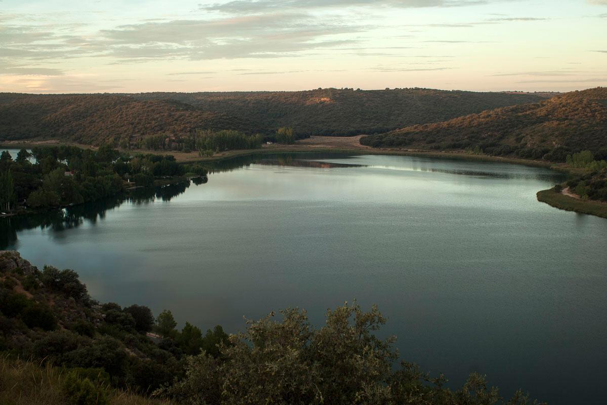 La laguna del Rey en Ciudad Real, la más grande, es un buen lugar para deportes acuáticos. | Manuel Ruiz Toribio.