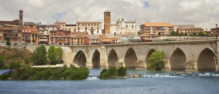 Tordesillas sobre el río Duero.