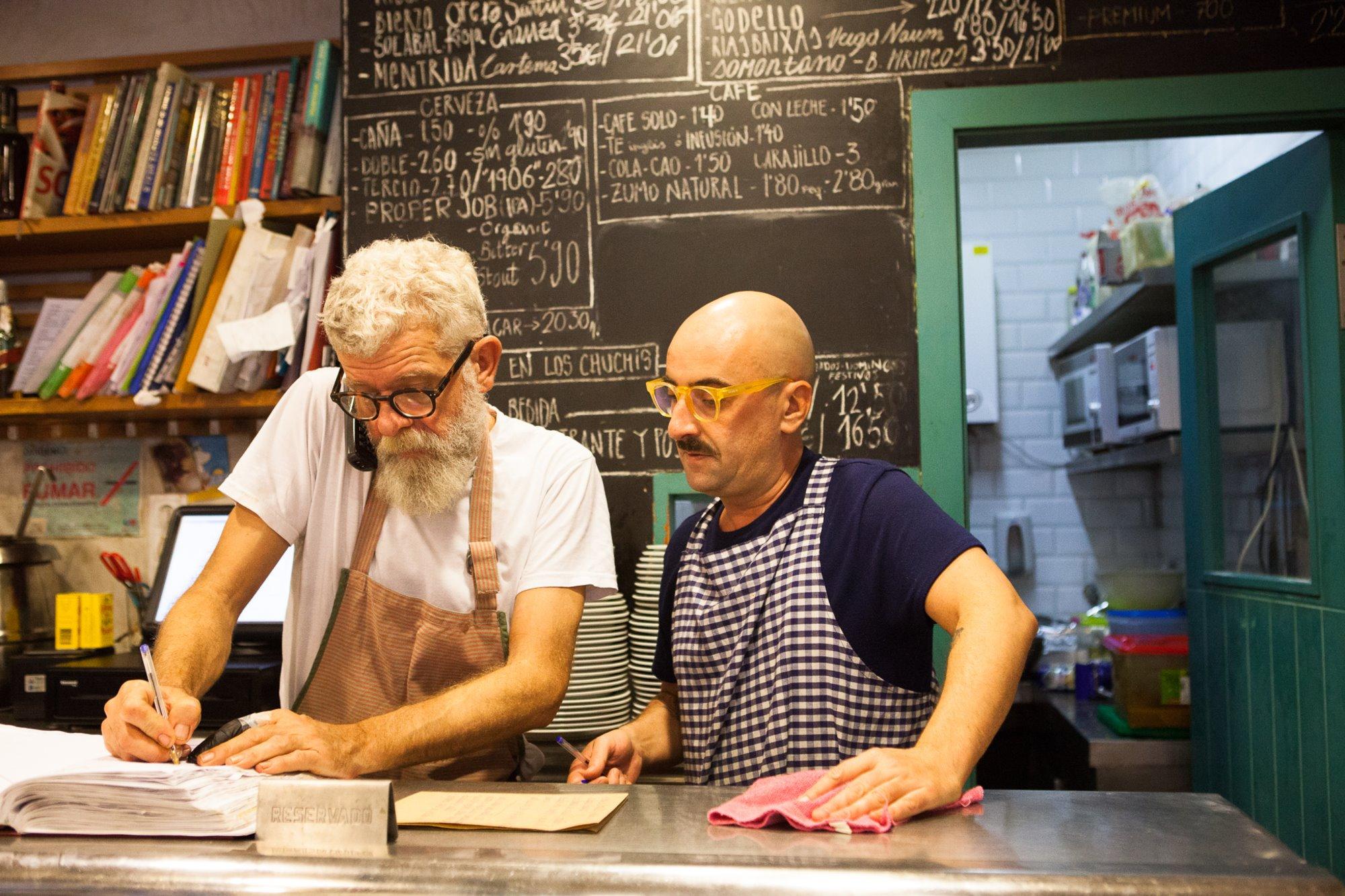 Scott y Fernando, dueños de 'Los Chuchis'.