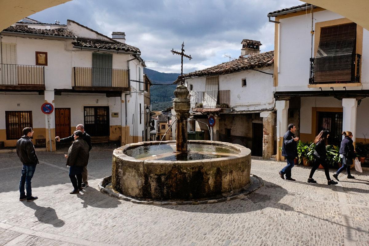 Fuente de los Tres Chorros de Puebla de Guadalupe (Cáceres).