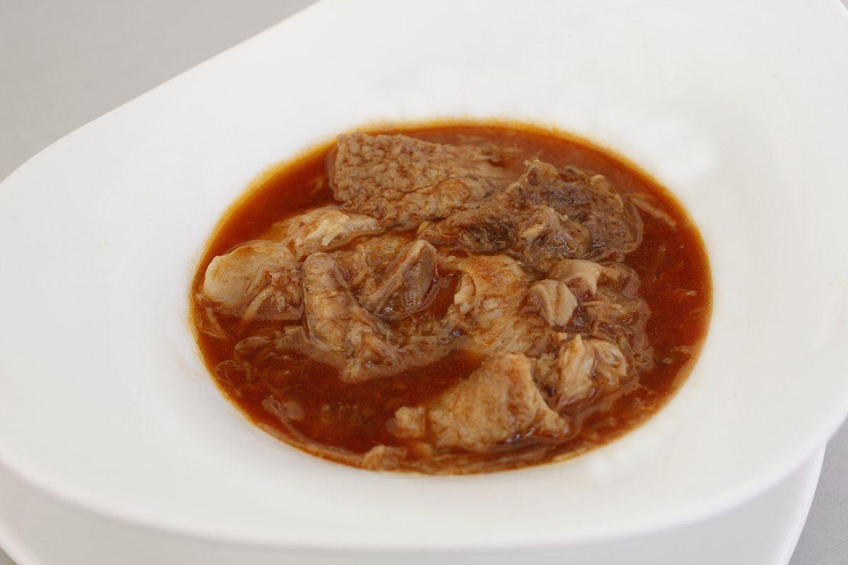 Callos caseros con morros, una de las recetas tradicionales más populares de la casa.