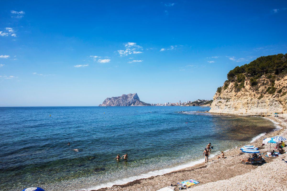 Vista de la cala Balabrar, en Benissa, Alicante.
