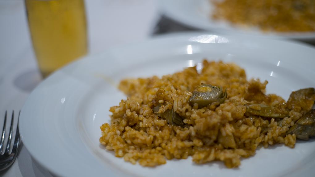 Además del marisco, el arroz con productos de temporada es un acierto seguro.