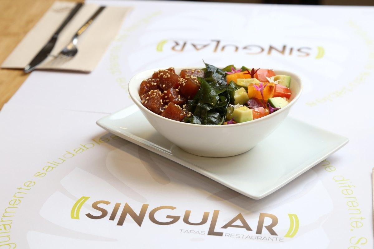 El poke de atún del restaurante Singular.